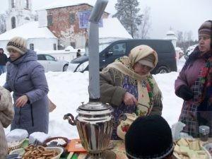 Горячий чай на морозе из настоящего самовара: агротуристы в восторге