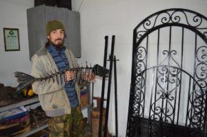 В кузнице Дмитрия Ломакина много интересного