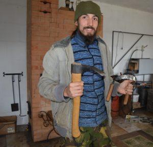 Дмирий Ломакин - кузнец из Судогодского района Владимирской области