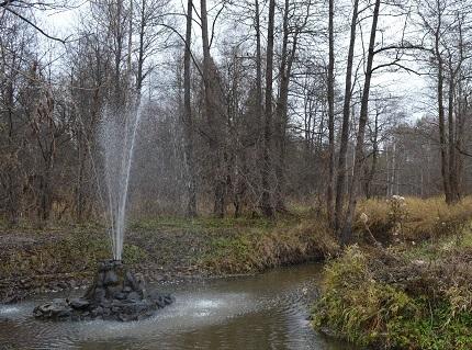 Судогодский природный фонтан осенью